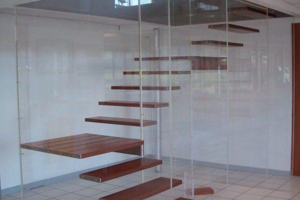 escalier hall d'accueil artisan
